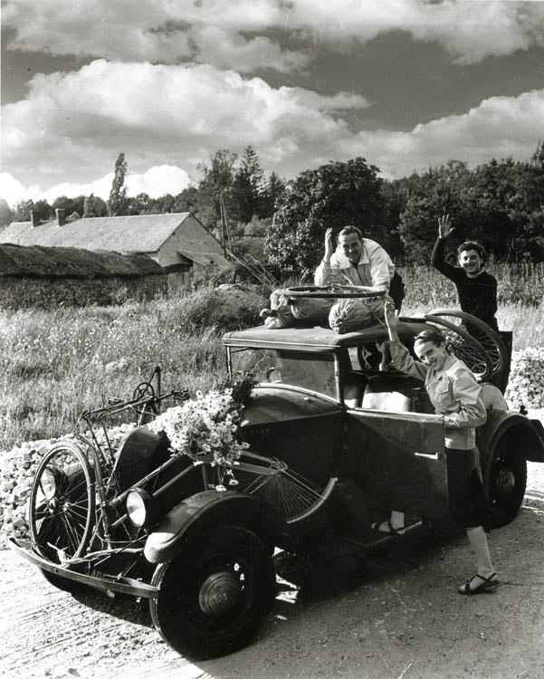 Robert Doisneau - Les Grande Vacances (Great Vacations)