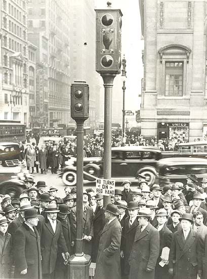 Associated Press - New Traffic Lights for 5th Ave, New York City, NY